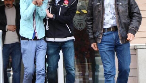 Sokakta uyuşturucu satan 27 kişiden 13ü tutuklandı
