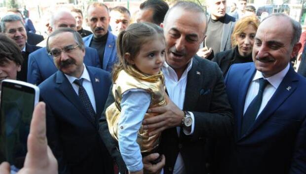 Çavuşoğlu: Milliyetçi kendi nefsine yenilip de PKKlılarla aynı safta yer alamaz