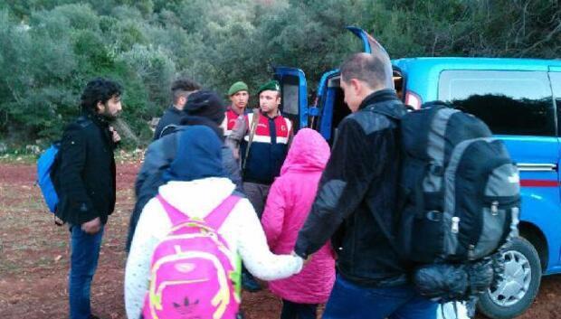 Yasadışı göçmen kaçakçılarına operasyon