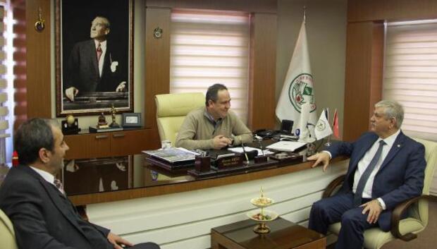 DİSK Genel Başkanı Kani Beko, Başkan Aksu'yu ziyaret etti