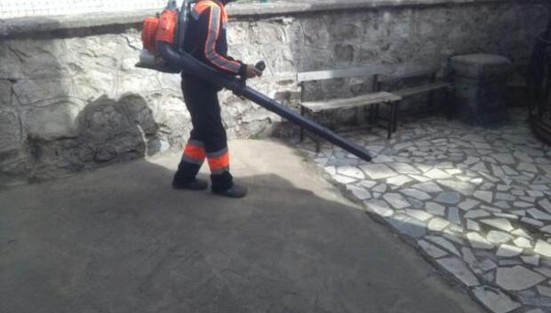 Mahallelerde balhar temizliği