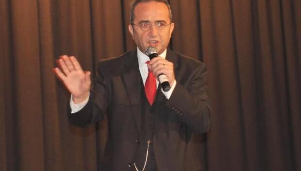 CHPli Tezcan: Cumhurbaşkanı Sarıyerde terörist çadırına mı girdi