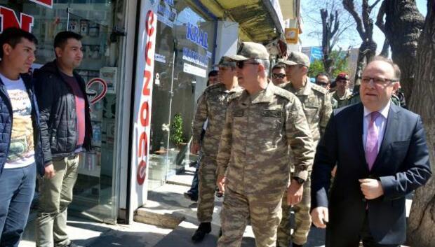Genelkurmay Başkanı ve kuvvet komutanları Şırnakta (2)