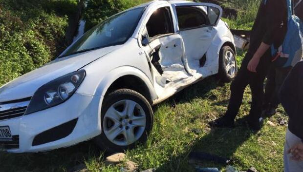 Osmaniyede iki otomobil çarpıştı: 3 yaralı