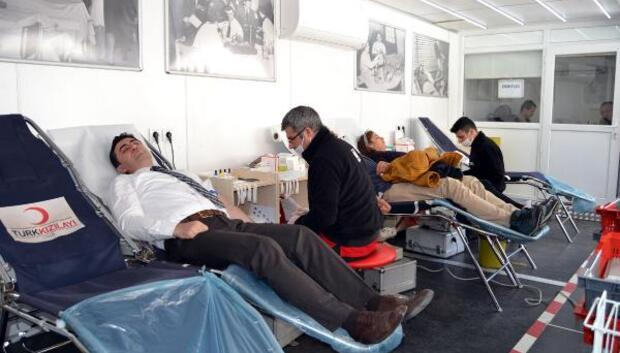 Kızılaydan Ahlatta kan bağışı kampanyası