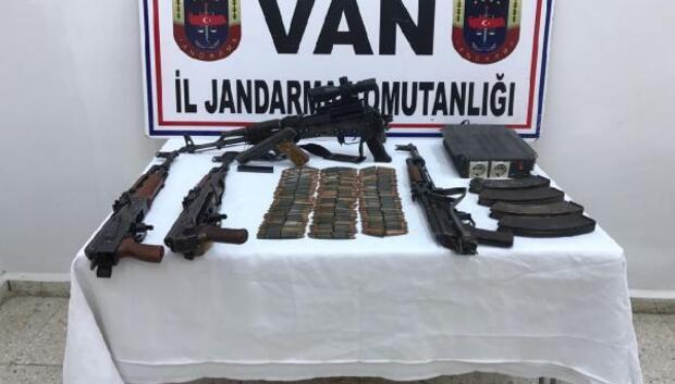 Vanda PKK silah ve mühimmatı ele geçirildi