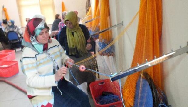 Balıkçı eşleri için, 'ağ donanımı ve tamiri' kursu açıldı
