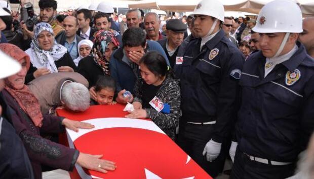 Diyarbakırda emniyetteki patlamaya kazılan tüneldeki bomba neden oldu (2)