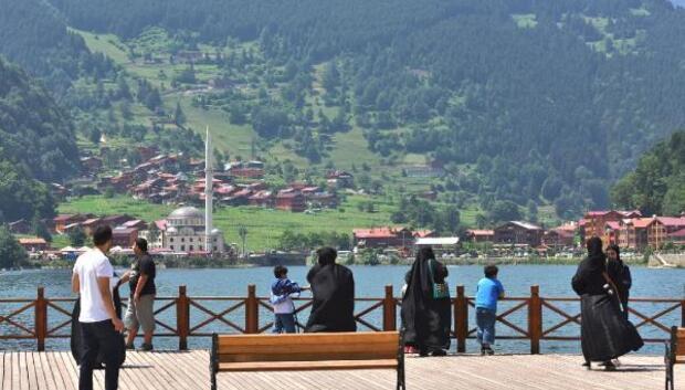 Hacısalihoğlu: Trabzon'un sosyal yaşam ve eğlence konulu yatırımlara ihtiyacı var