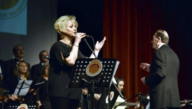 Afyonkarahisarda 30uncu yıl konseri