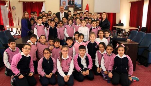 Başkan Nehir öğrencilerle buluştu