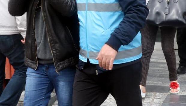 Dövüp istismarda bulundukları iddiasıyla gözaltına alındı