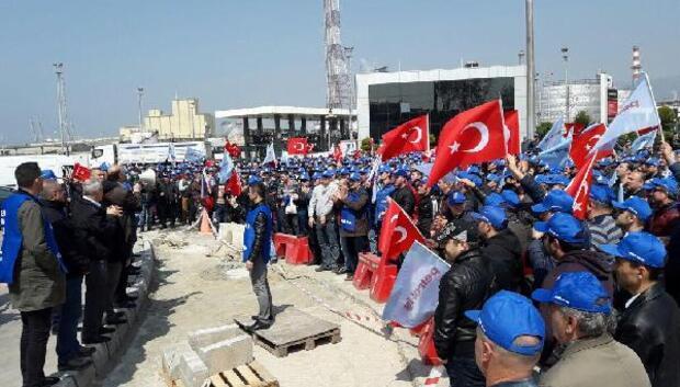 Tüpraşta işçiler eylemlerini sürdürdü