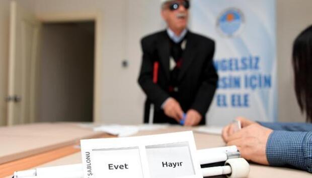Mersinde engelli bireyler oy kullanmaya hazır