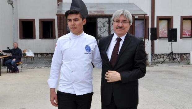 Liseli aşçılar keplerini devretti