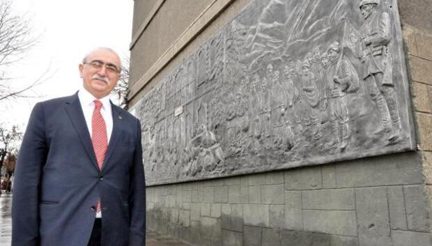 Prof. Dr. Bingür Sönmez: Erzurumun kahraman çocukları efsane değil, tarihi gerçek