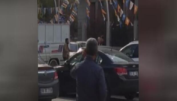 Ak Parti Genel Merkezi önünde intihar girişimi
