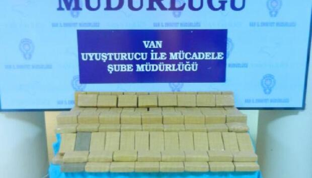 Vanda 60 kilogram eroin ele geçirildi: 1 kişi gözaltında