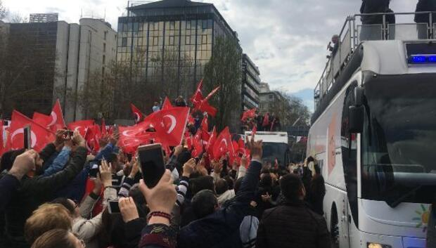 Kılıçdaroğlu: Türkiyeyi sonu belirsiz, tehlikeli bir sürecin içine sokmak ağır bedeldir (2)