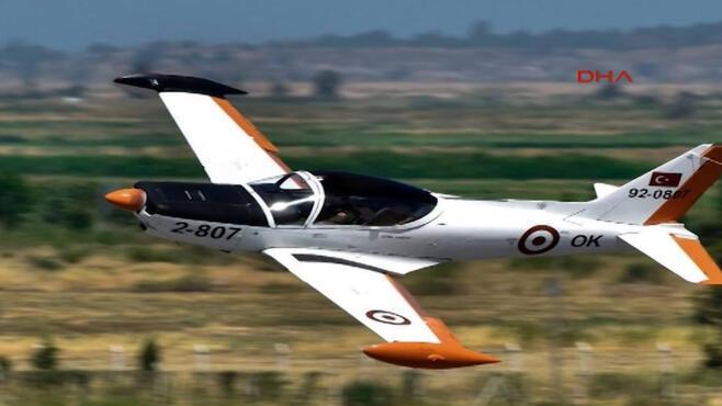 Son dakika... İzmirde askeri eğitim uçağı düştü