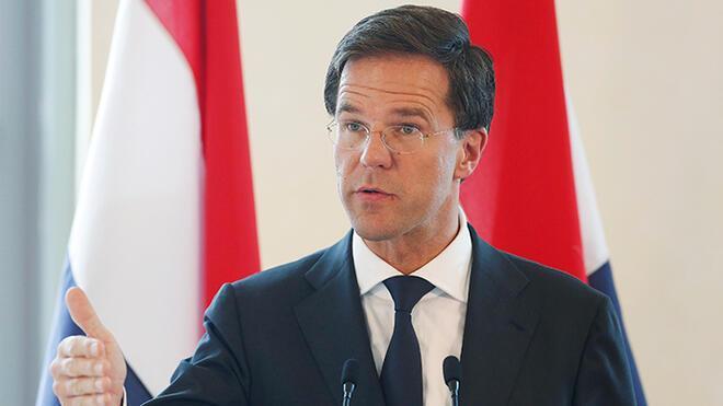 Hollanda, Türk yetkililerin yapmak istediği etkinliği iptal etti