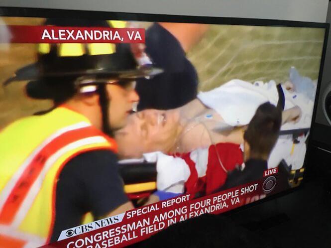 Son dakika... ABDde kongre üyelerine silahlı saldırı... Yaralılar var