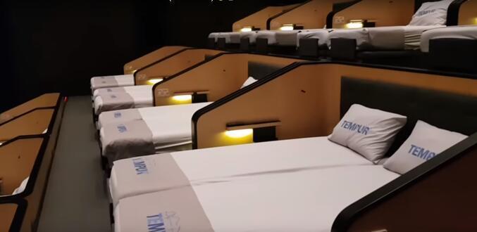 Dev sinema zincirini satın almışlardı... İstanbulda iki salonu bu hale getirdiler