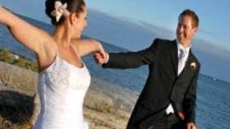 İyi aşık olmak evliliğe yetmez