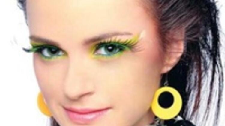 Kadınlar Neden Makyaj Yapar Son Dakika Haberler