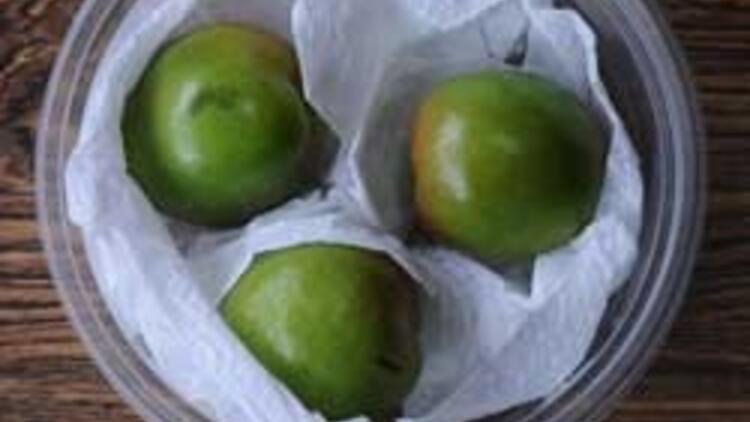 Yeşil eriğin kilosu 500 lira 60