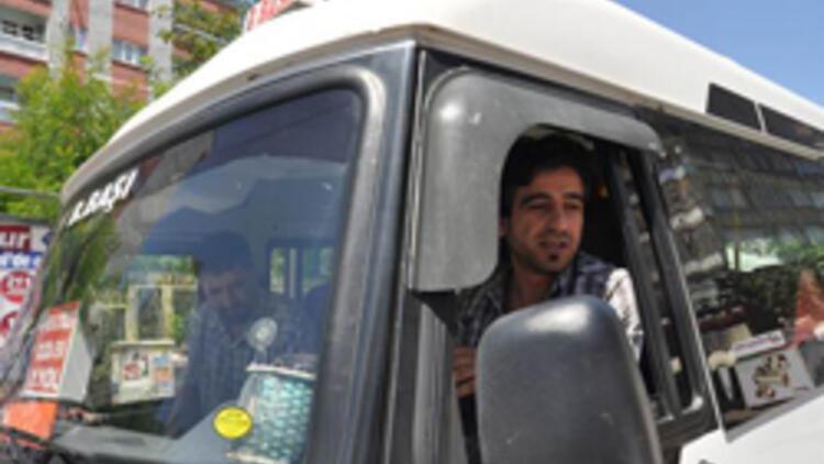 Bir taksi çalışın: için ve karşı sürücülerin gözden geçirilmesi