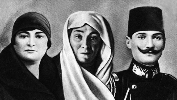 kız kardeşi Makbule Hanım, annesi Zübeyde Hanım ve Atatürk ile ilgili görsel sonucu