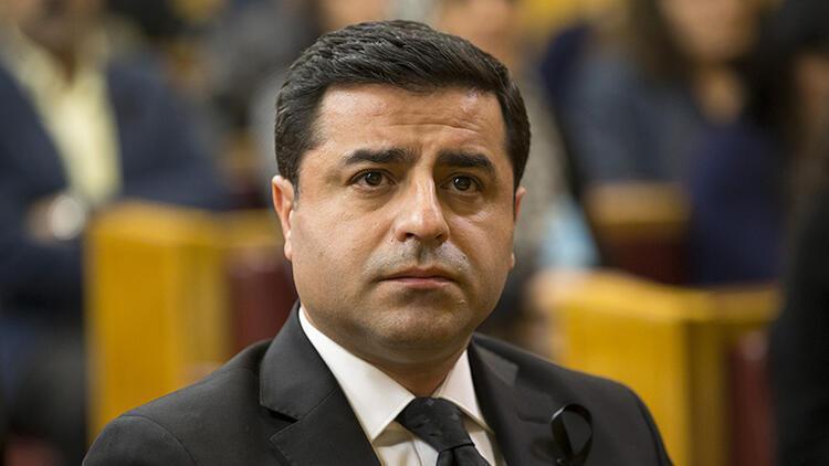 d31bac168302a Selahattin Demirtaş'ın cezaevindeki odasında Twitter araması yapıldı ...
