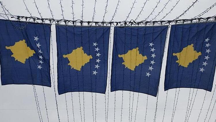 Kosova'da 42 bin kişi vatandaşlıktan çıktı