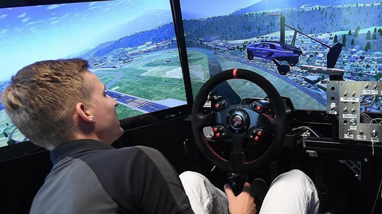 ABD'de uçan araba sürücü eğitimleri başladı