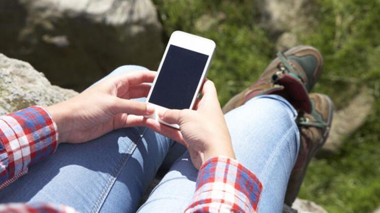 İki elle cep telefonu kullanmayın…