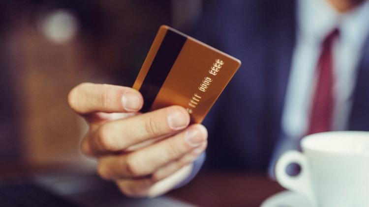 Yargıtay'dan çok önemli kredi kartı kararı... Tüketici sevindi, bankalar üzüldü