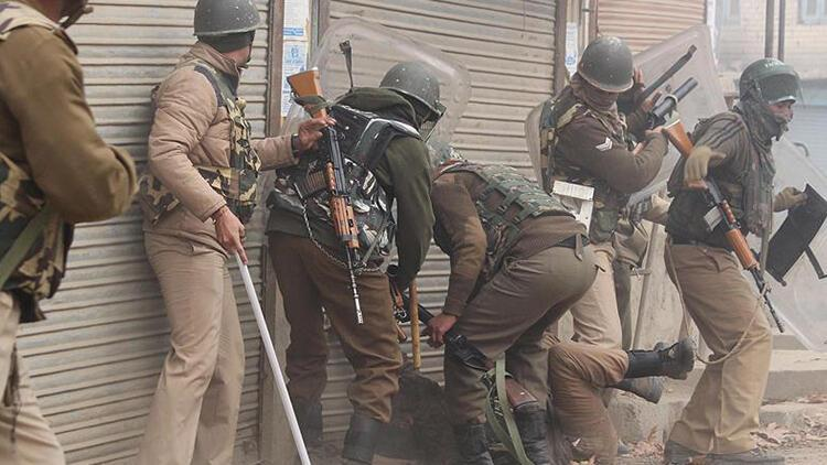 Cammu Keşmir'deki çatışmalarda 6 direnişçi yaşamını yitirdi