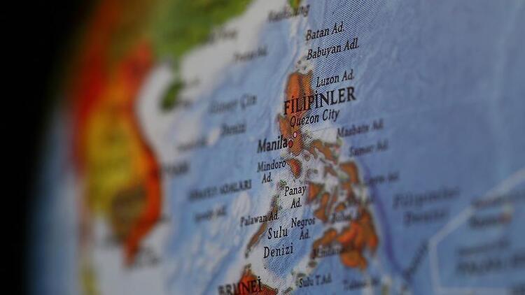 Filipinlerde 6.8 büyüklüğünde deprem