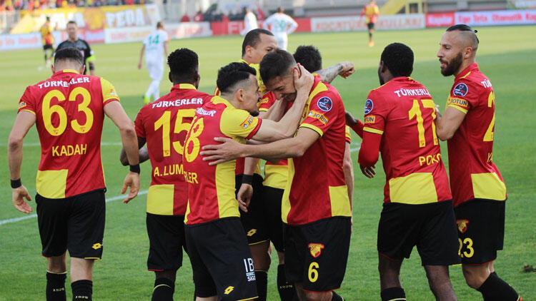 Gol düellosunun galibi Göztepe! Tam 5 gol, 1 kırmızı...