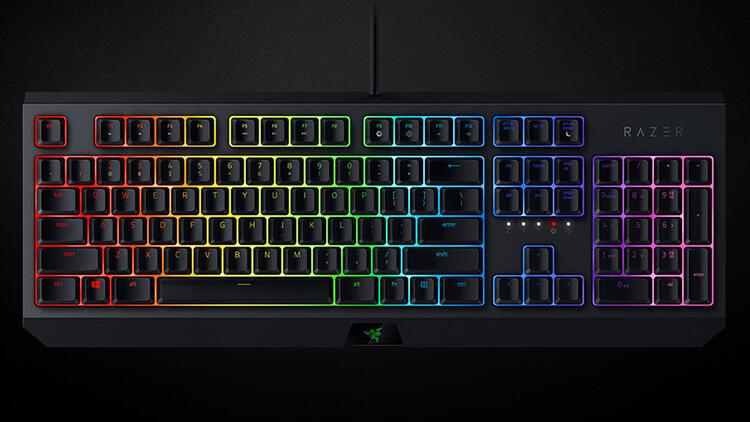 Razer BlackWidow, Kraken ve Basilisk Essential yenilendi!