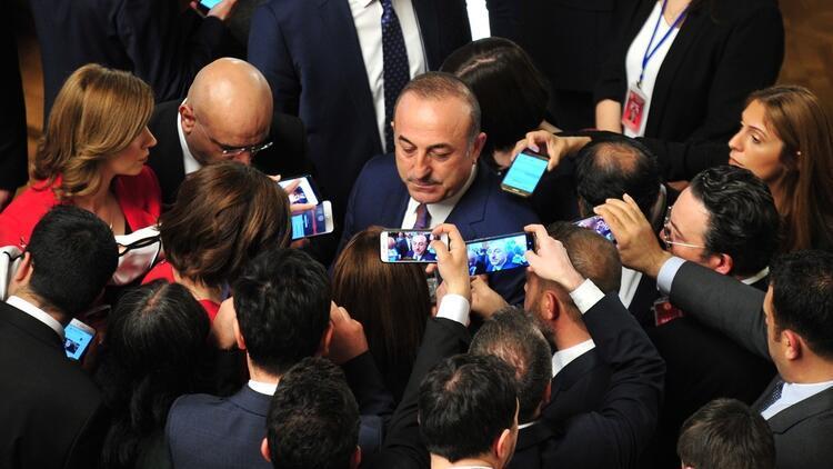 Bakan Çavuşoğlu: ABD bizi pahalı petrol almaya yönlendiriyor. Niye biz bedelini ödeyelim