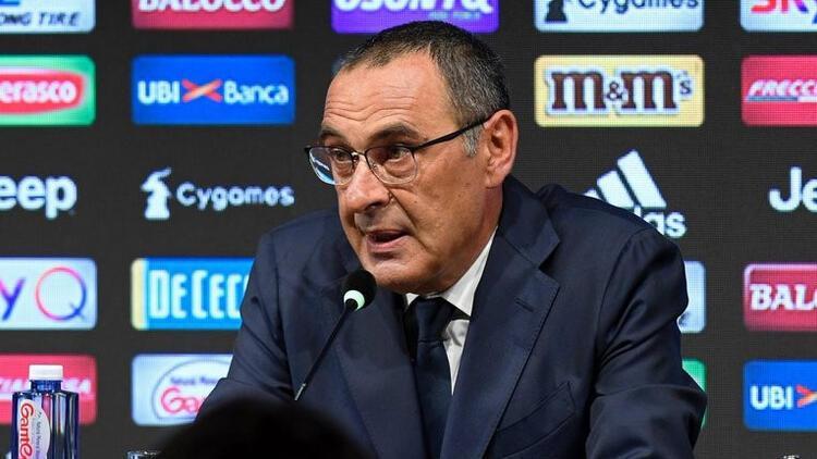 Maurizio Sarri Juventus'a imzayı attı