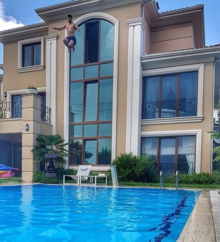 Kenan Sofuoğlu 3. kattan havuza atlayınca hastanelik oldu!