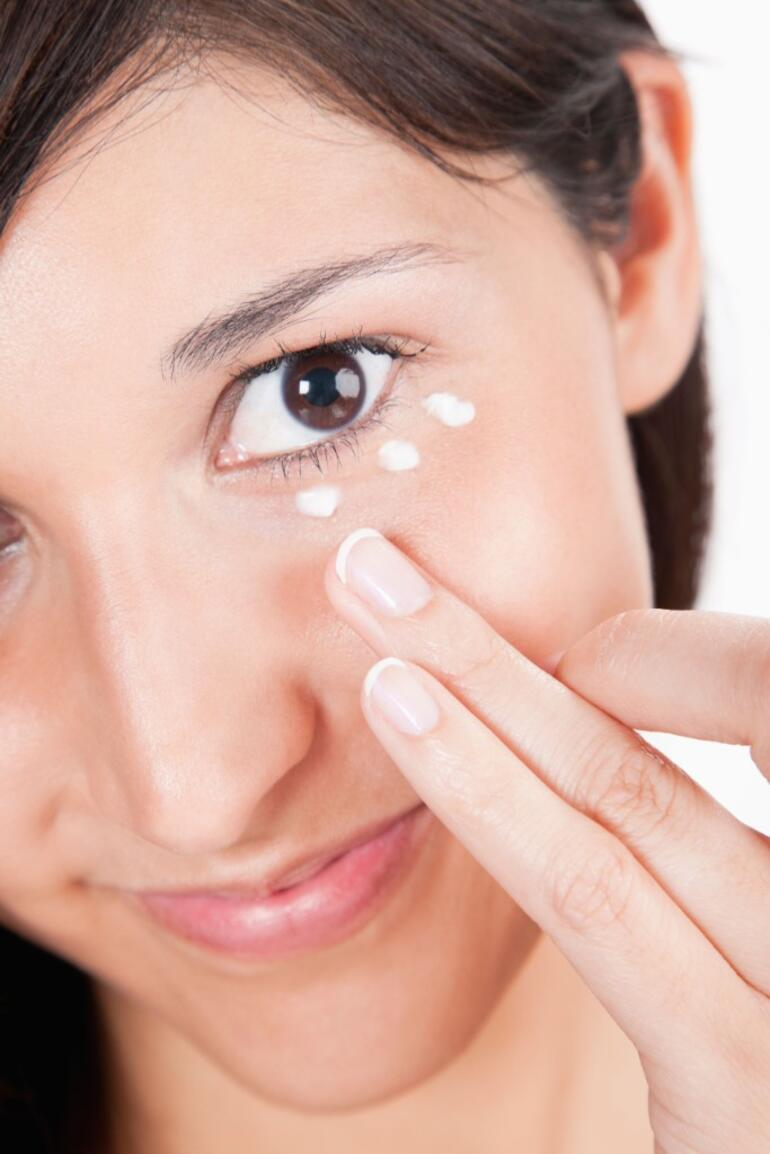 Göz Altı Koyulukları Nasıl Geçer: Göz Altı Koyuluğu İçin Maske