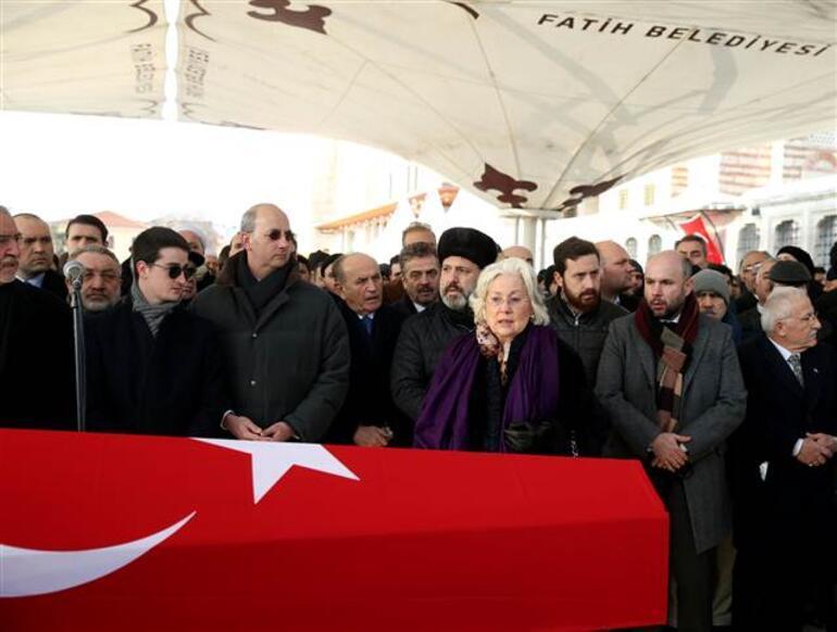 2. Abdülhamid'in torunu Bülent Osman'ın cenazesi omuzda taşınmadı
