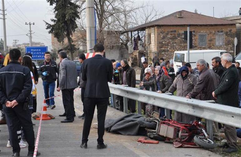 Gaziantepte feci kaza: TIRın çarptığı motosikletli hayatını kaybetti