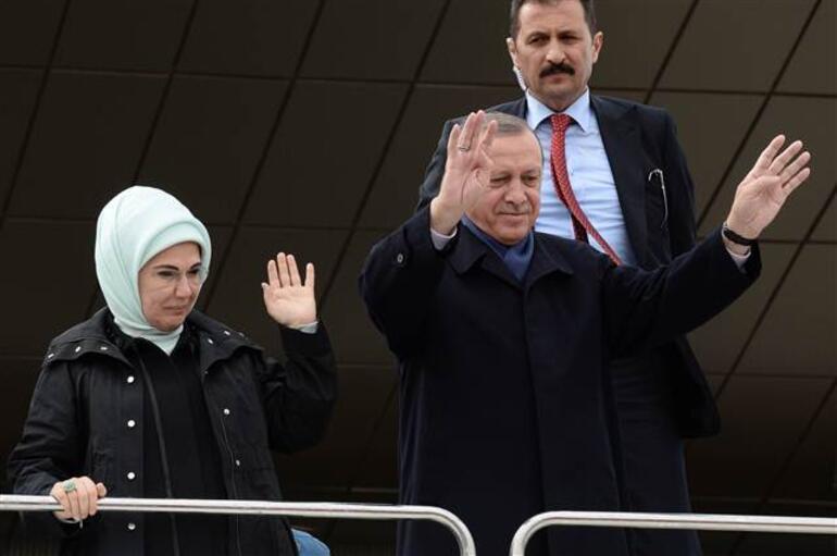 Son dakika... Cumhurbaşkanı Erdoğan referandumdan bir gün sonra 2019 mesajı verdi
