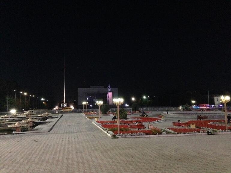 Sovyet izleriyle Bişkek / Kırgızistan