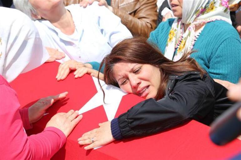 Düşen helikopterde şehit olan hakim için gözyaşları sel oldu